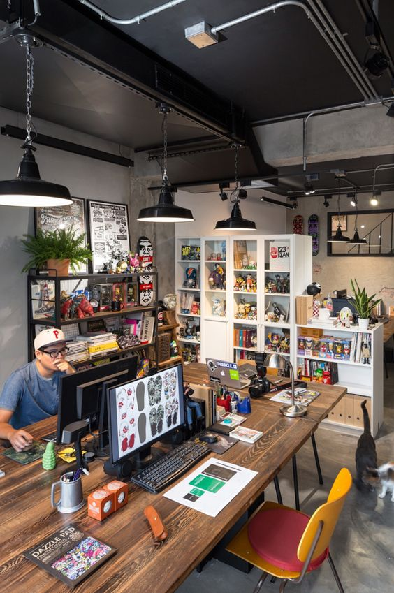 the-perfect-office-dji-osmo-camera-philips-hue-motion-sensor-and-office-ideas-abduzeedo-147253309148gnk